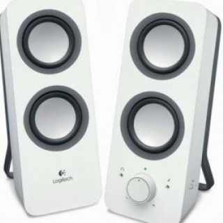 Logitech Z200 Stereo Speakers, 2.0 System Snow white